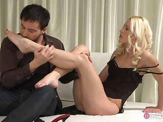 Young blonde shares long fore play before getting laid like a whore